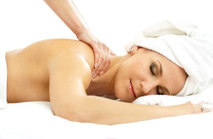 Wellness-Oel aus der Naturkosmetik-Manufaktur von Lacosmea Cosmetics